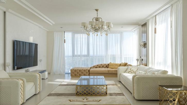 Ruangan warna putih memberikan kesan sederhana dan minimalis. Tapi juga kemewahan dengan perabotan yang Anda pilih.Sumber: Pexels - Max Vakhtbovych