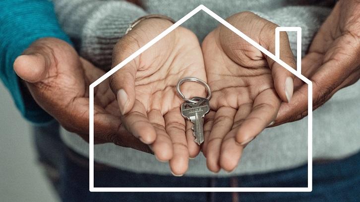 Anda bisa secara langsung melihat rumah dan menyelesaikan pembelian tanpa perusahaan atau bantuan dari agen properti. Sumber: Pexels - Kindel Media